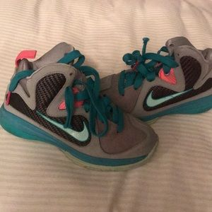 Other - Kids Lebrons